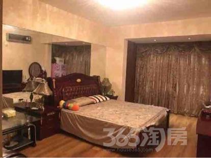 伟星左岸生活1室1厅1卫42平米豪华装产权房2016年建