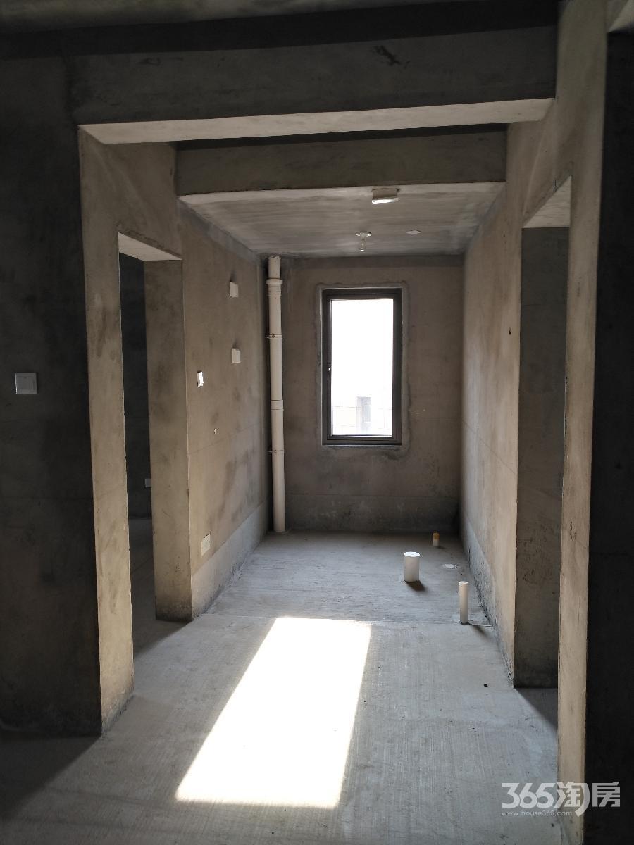 游山路2号居住区2室2厅1卫89.73平方产权房毛坯