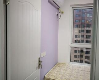 蓝光五彩城3室1厅1卫100平米合租精装