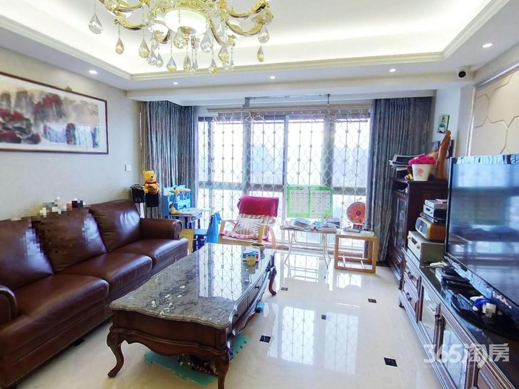 枫亚苑3室2厅2卫159.5平米豪华装产权房2006年建