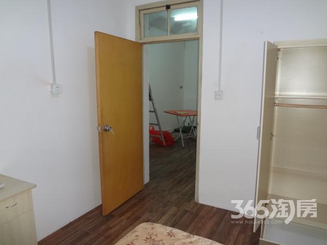 南苑台园3室1厅1卫77.65平方产权房简装