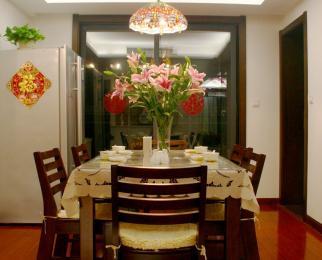 <font color=red>颐和南园</font>3室2厅2卫135平米豪华装整租