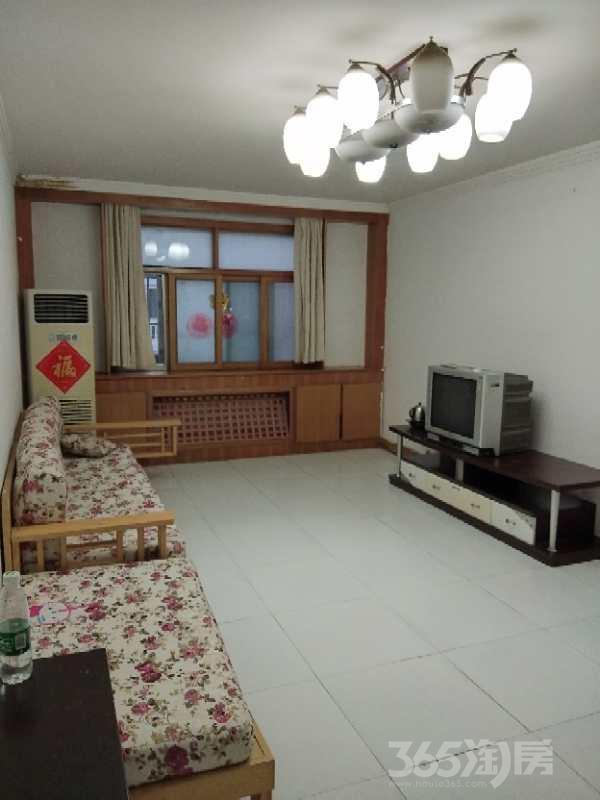玫瑰苑2室2厅1卫97平米整租中装