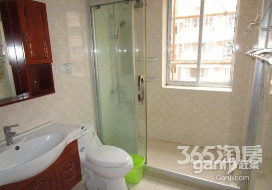 医院地铁旁好房低价出租、环境优雅舒适,全新装修