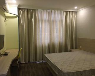 三号线星火路和林场站之间 精装单身公寓 大间1500 小间1200