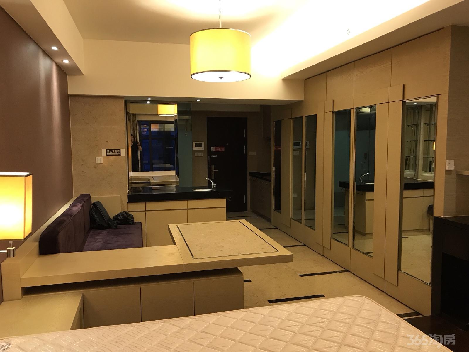 东和时代1室1厅1卫55平米整租精装