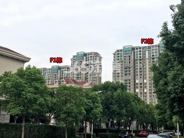 蠡湖一号二期F1、F2栋高层实景(2017.10摄)