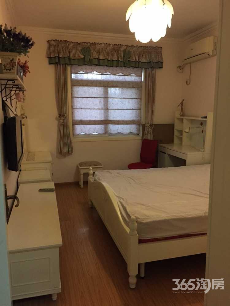 水关桥小区2室2厅1卫68㎡整租精装