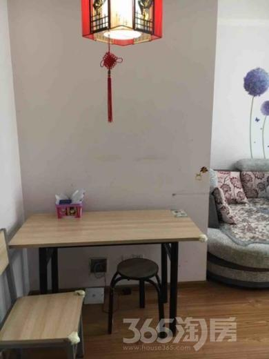 1室1厅1卫62平米整租精装