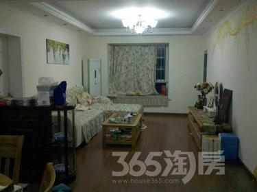 东郊小镇3室2厅1卫91平米豪华装产权房2007年建