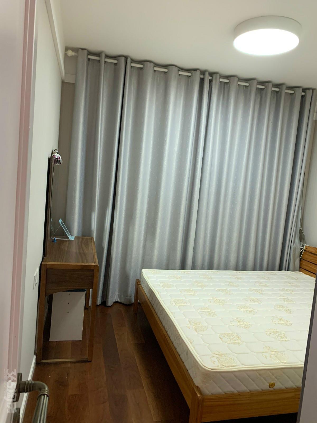 招商雍和府2室2厅1卫79平米精装整租