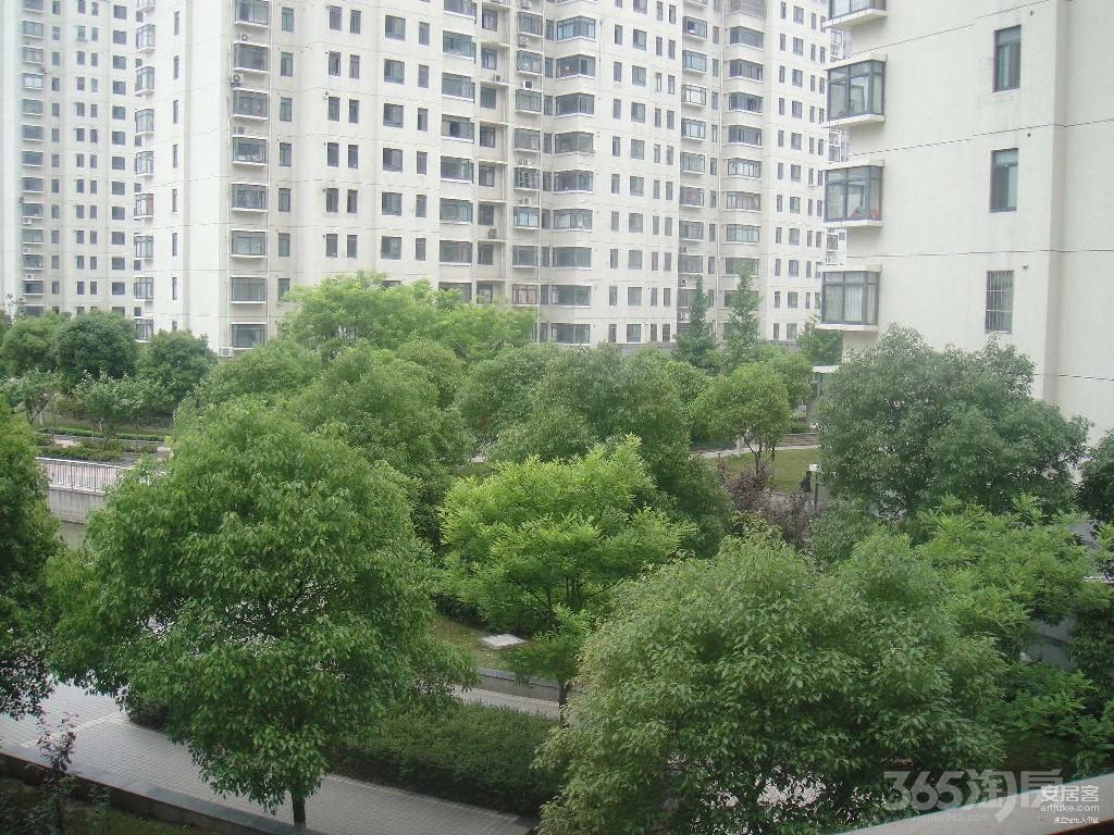 雅居乐涟山3室2厅2卫123平米2018年产权房毛坯
