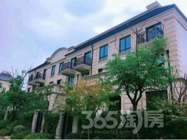 悦城10室10厅3卫2000平米精装产权房2016年建