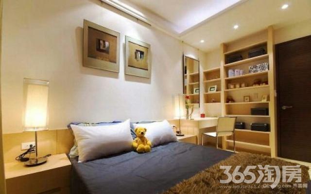 祥瑞东方城3室2厅2卫107平米17年产权房毛坯