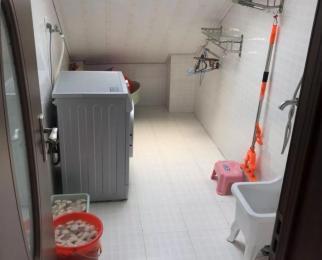 盘锦花园5室3厅2卫114平方产权房精装