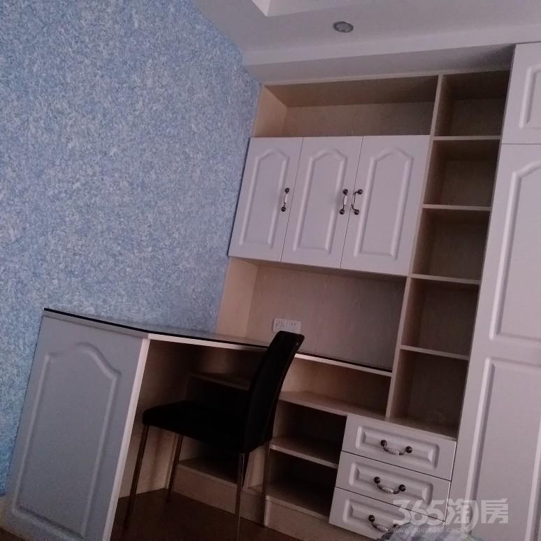 新北区侨光苑3室2厅2卫161平米整租精装