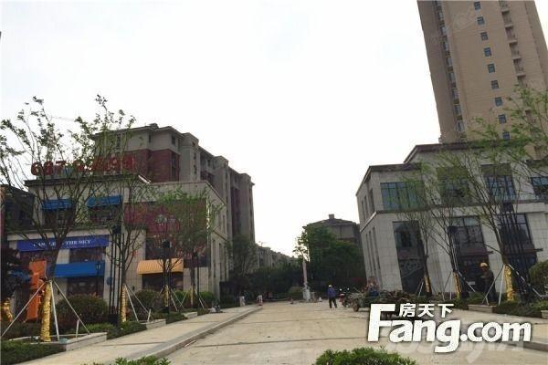 绿城春江明月住宅底商 小面积 单价只要2万 服务社区 稳定 独门独