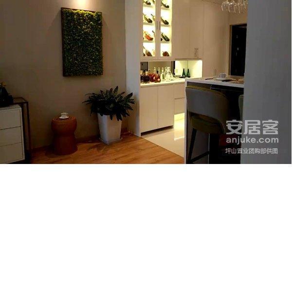 句容吾悦广场下个句容核心商圈仅此一套低价售随时看房