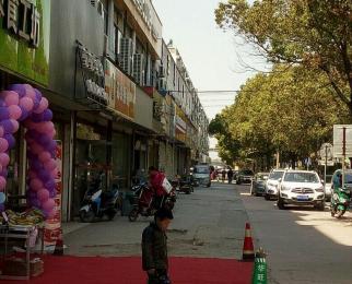 大厂杨新路桂馨园门面房105平方,旺铺出租(公交站边)