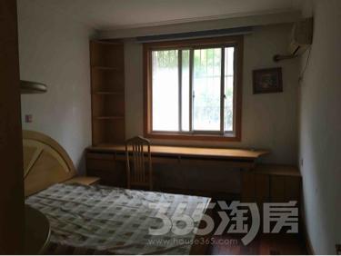 天平公寓3室2厅1卫132平米整租精装