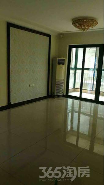 恒大雅苑3室3厅2卫132平米精装产权房2014年建满五年