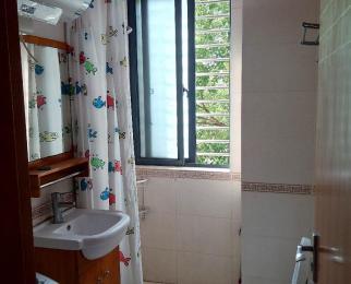 森林丁香苑 环境优美 精装两室 看房随时 家具家电齐