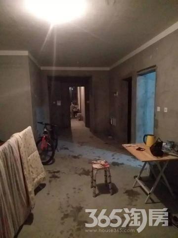 爱涛天逸园3室2厅1卫98平方产权房毛坯