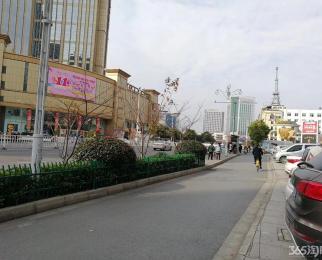 凤凰美食街招商银行旁边正街门面房东诚心卖租180万1年