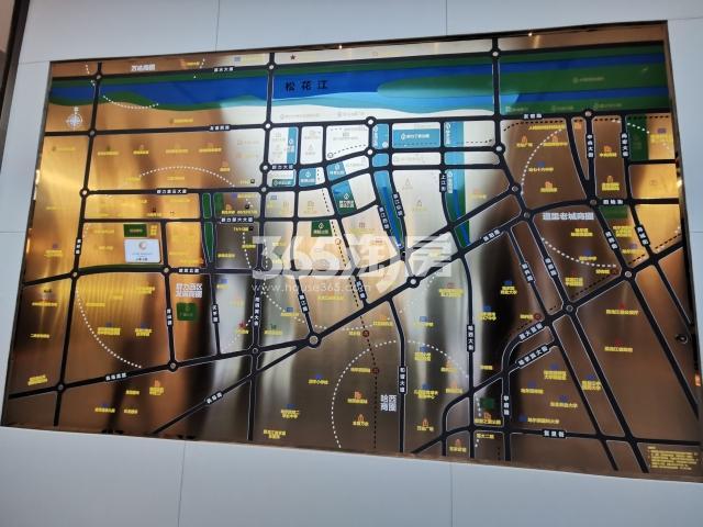金地·名悦交通图