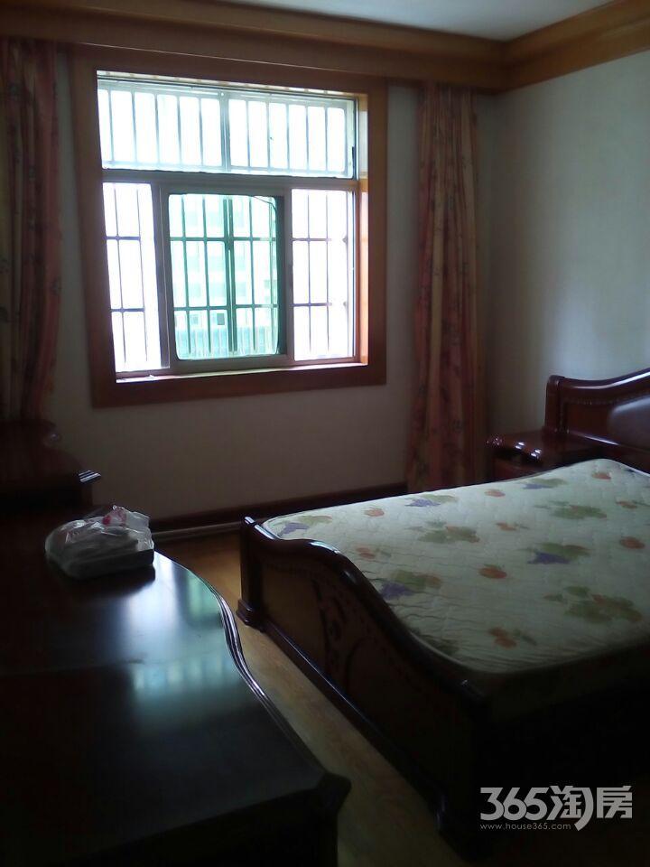 吉园小区2室2厅1卫72.60平方产权房精装