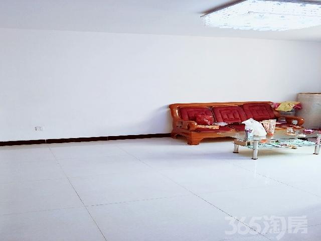 阳光小区3室2厅1卫117.00㎡2011年满五年产权房中装