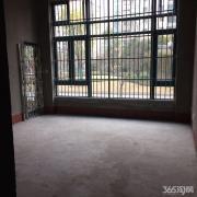 恒大华府一楼毛胚低于市场价10万起+小区中心位置+房东诚心出售