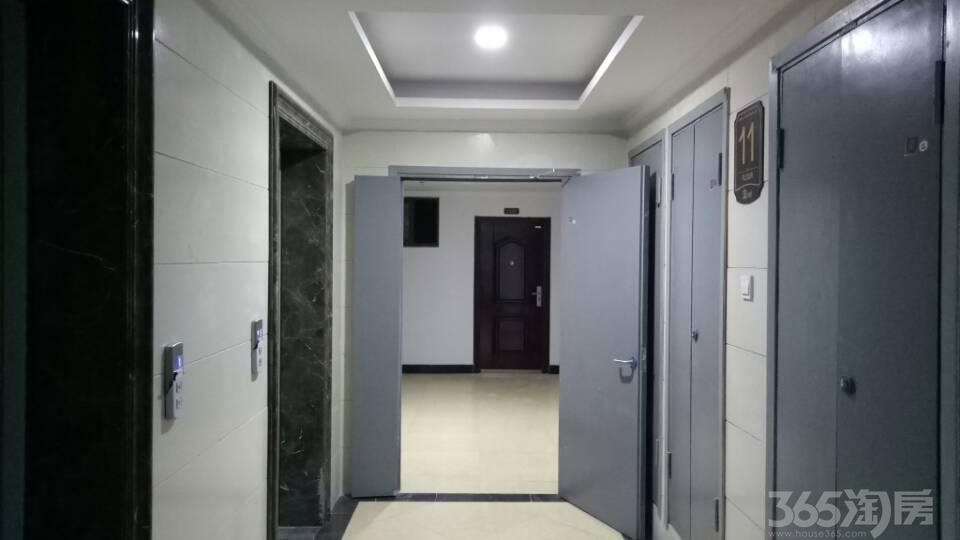 兴茂悠然蓝溪1室1厅1卫57.47�O2018年产权房毛坯
