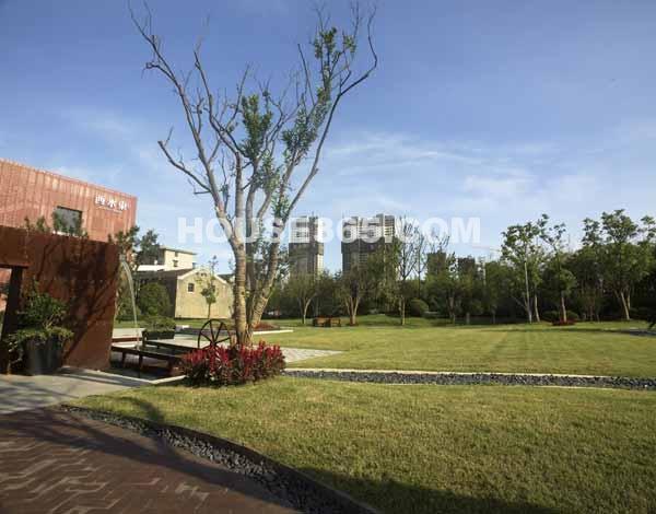 绿地西水东中央生活区外景图
