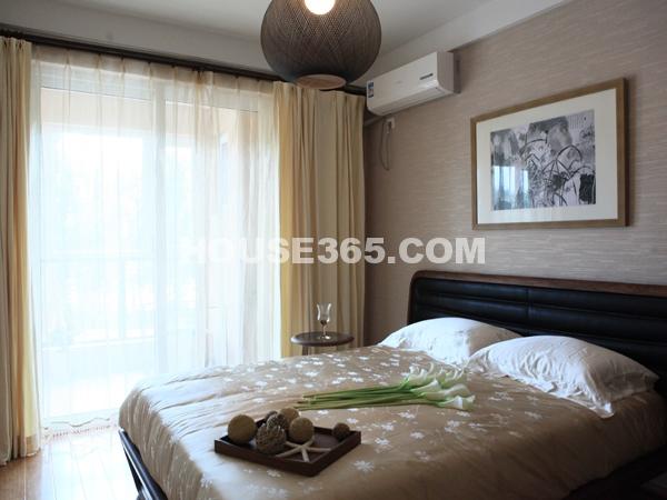 B户型104㎡样板间卧室实景图
