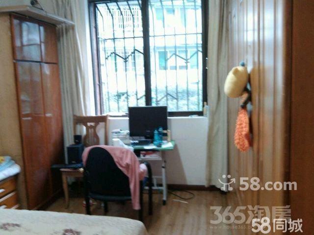 花园小区2室2厅1卫75平米整租中装