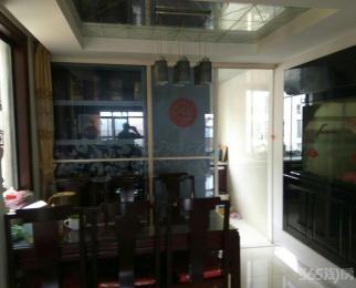 银湖波尔卡SOHO绝版复式观景房