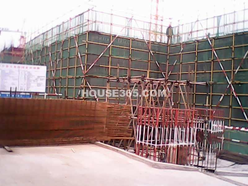 华远海蓝城项目施工进度(摄于2012年11月28日)