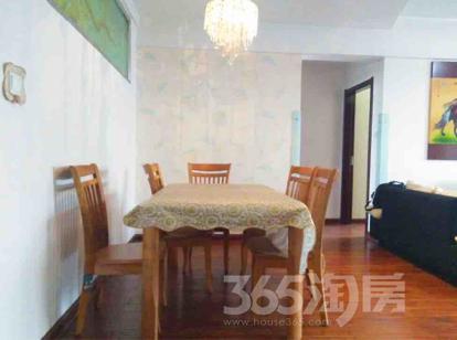 中登家园3室2厅2卫135.85平米整租精装