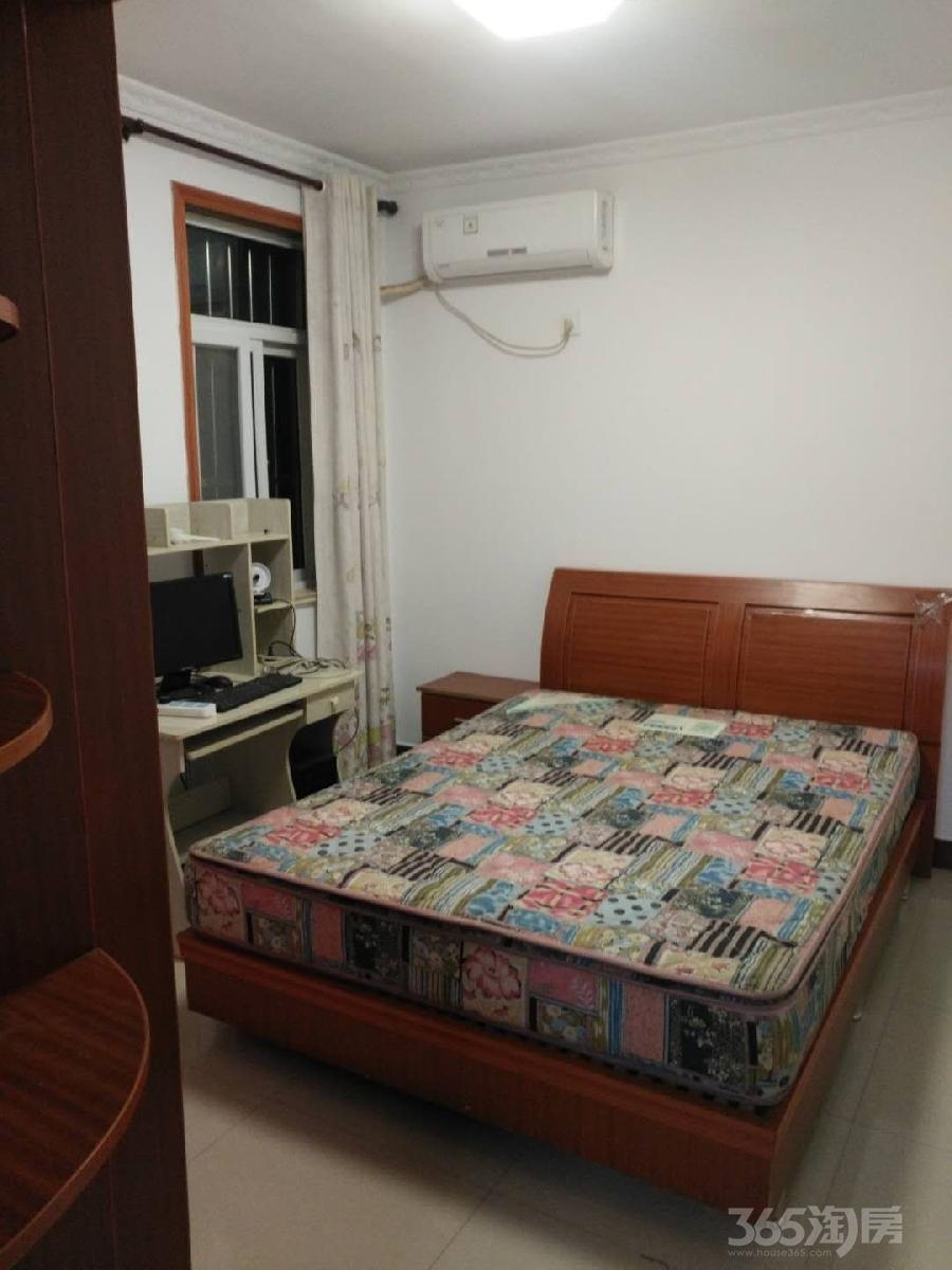 盛都华城3室2厅1卫110平米整租精装