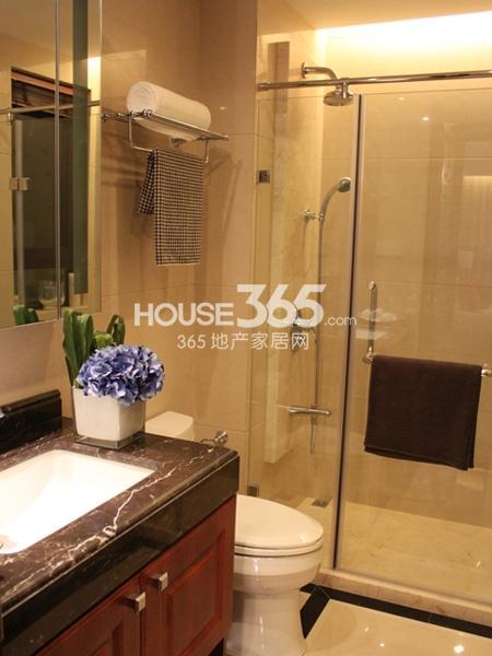 105平米样板间实景-卫浴