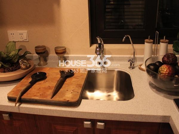 105平米样板间实景-厨房