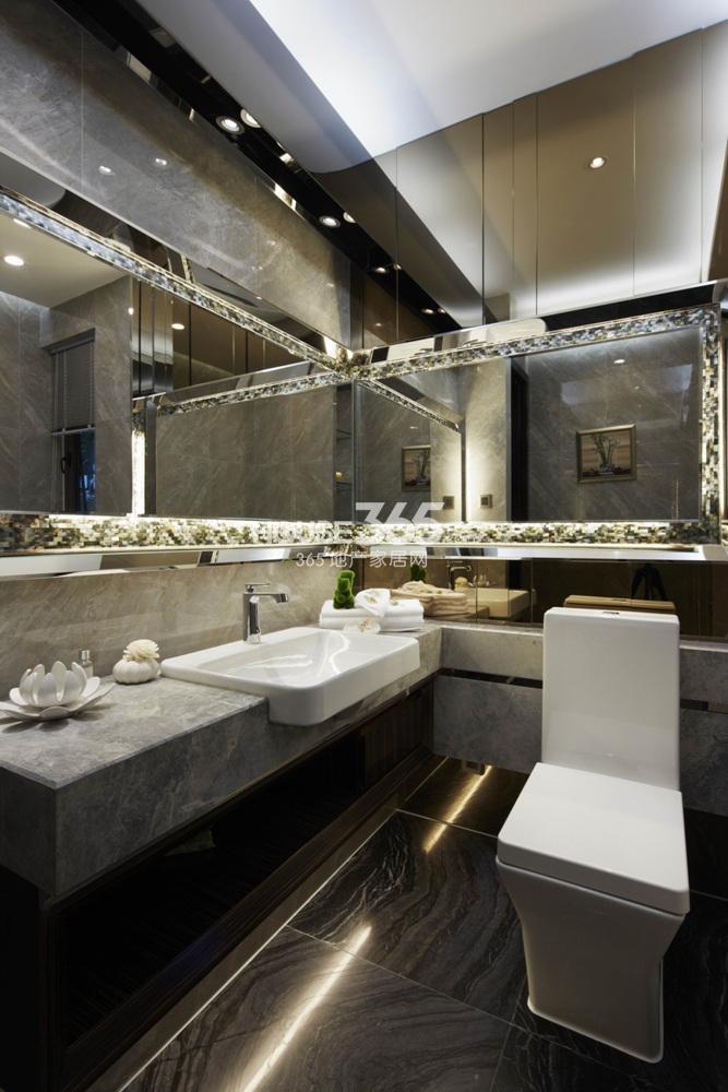 越秀星汇城123方样板房 B2区A户型--卫浴