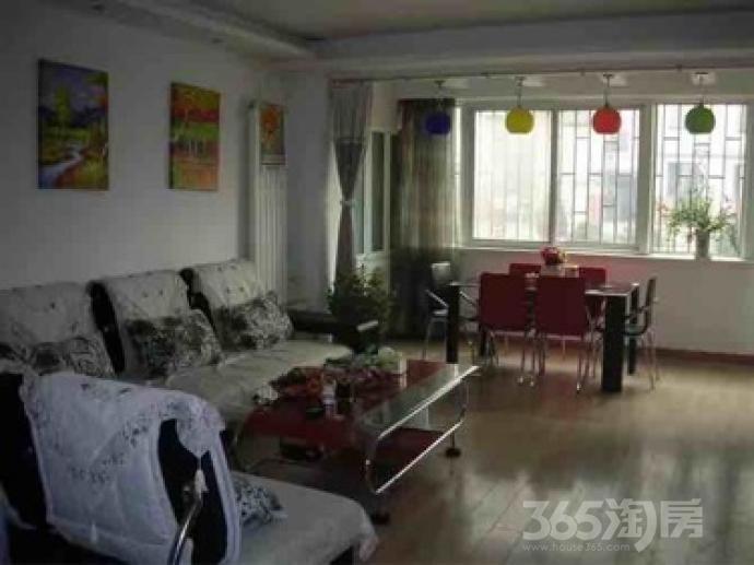 甘南小区2室2厅1卫102平米简装产权房2005年建满五年