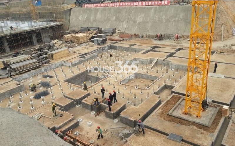新福兴面孔公社施工现场(2013.4.22)