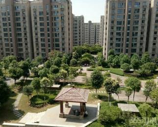 华菁水苑2室2厅1卫82平米2015年产权房精装