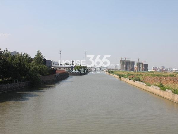 采菱港实景图