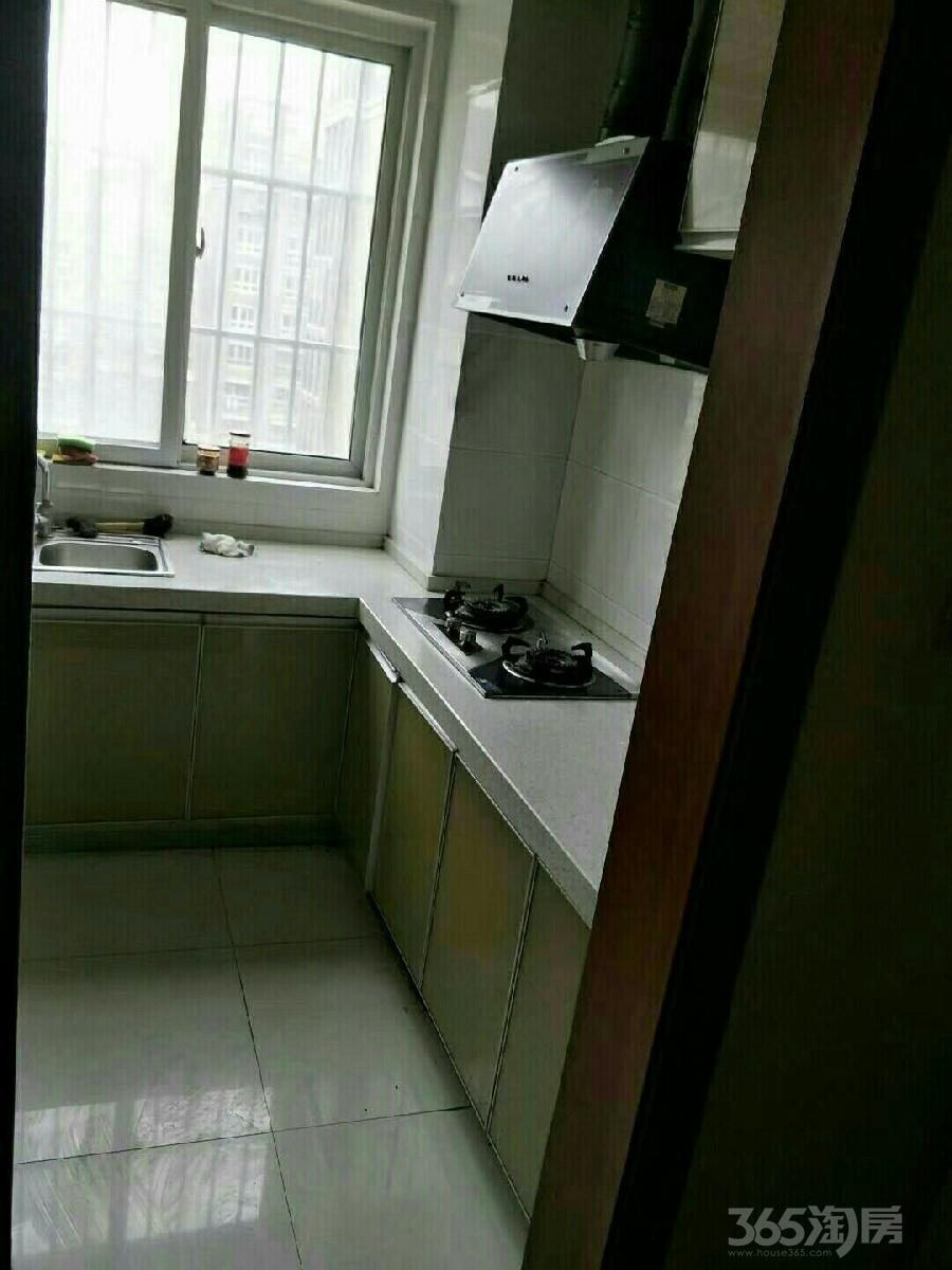 金山福地3室2厅1卫103平米整租中装