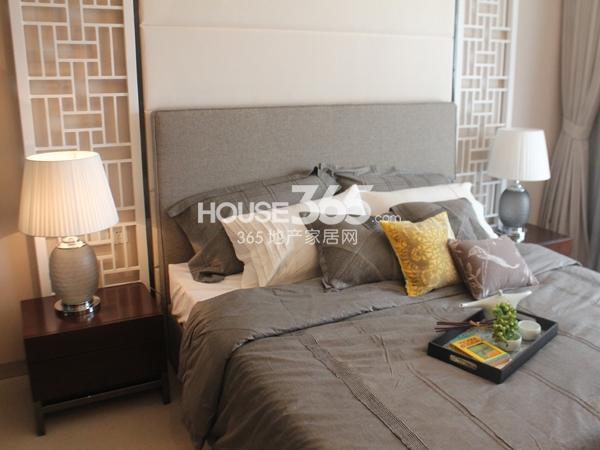 B户型 三房两厅两卫 110平——卧室