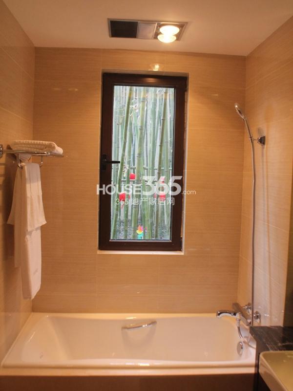 E户型 四房两厅两卫 130平——卫浴